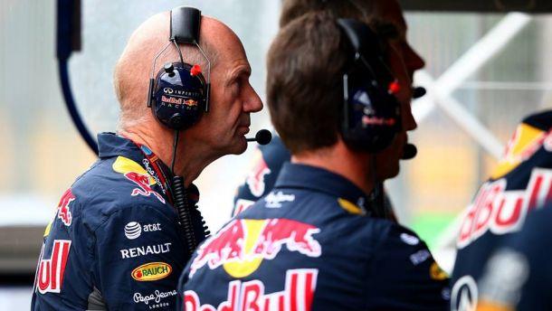 """Red Bull senza motori per il 2016, Newey: """"Mercedes e Ferrari hanno paura di noi"""""""