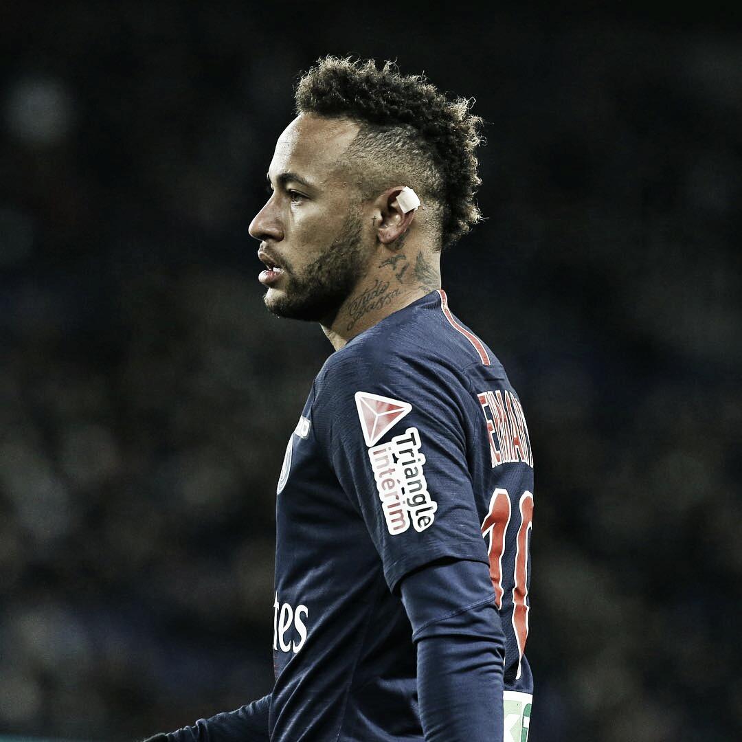 Com nova lesão no pé direito, Neymar desfalca PSG na Champions League