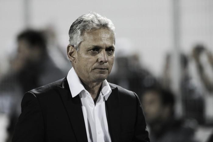 """Reinaldo Rueda esboça metas para reação do Flamengo: """"Falar menos e trabalhar melhor"""""""