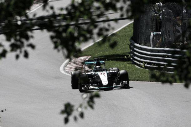F1, Montréal: pole position di Lewis Hamilton, terzo Kimi Raikkonen