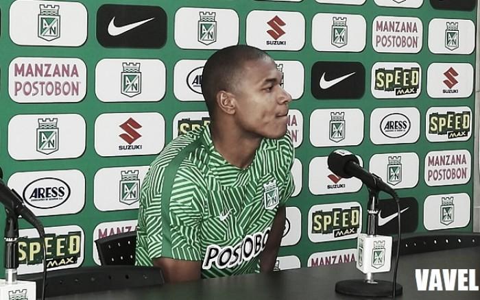 """Alexis Henríquez: """"Nosotros somos conscientes cuando jugamos bien y mal"""""""