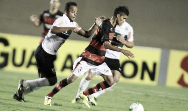 Atlético-GO não dá chances e vence América-MG