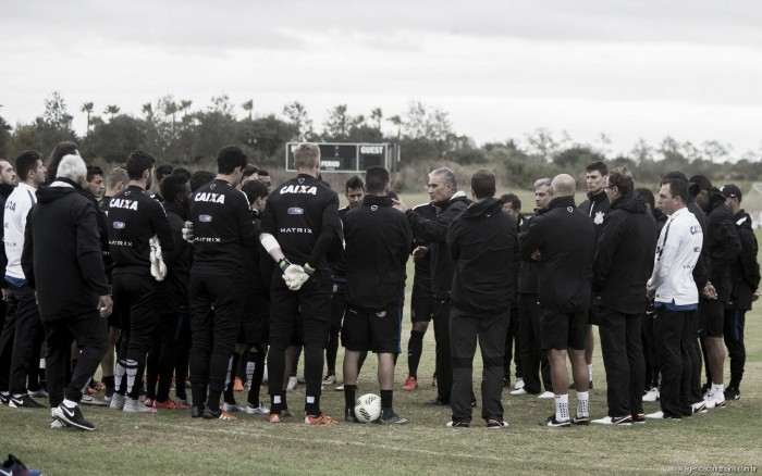 Com ausência de Malcom, Corinthians divulga lista de inscritos para Paulistão 2016