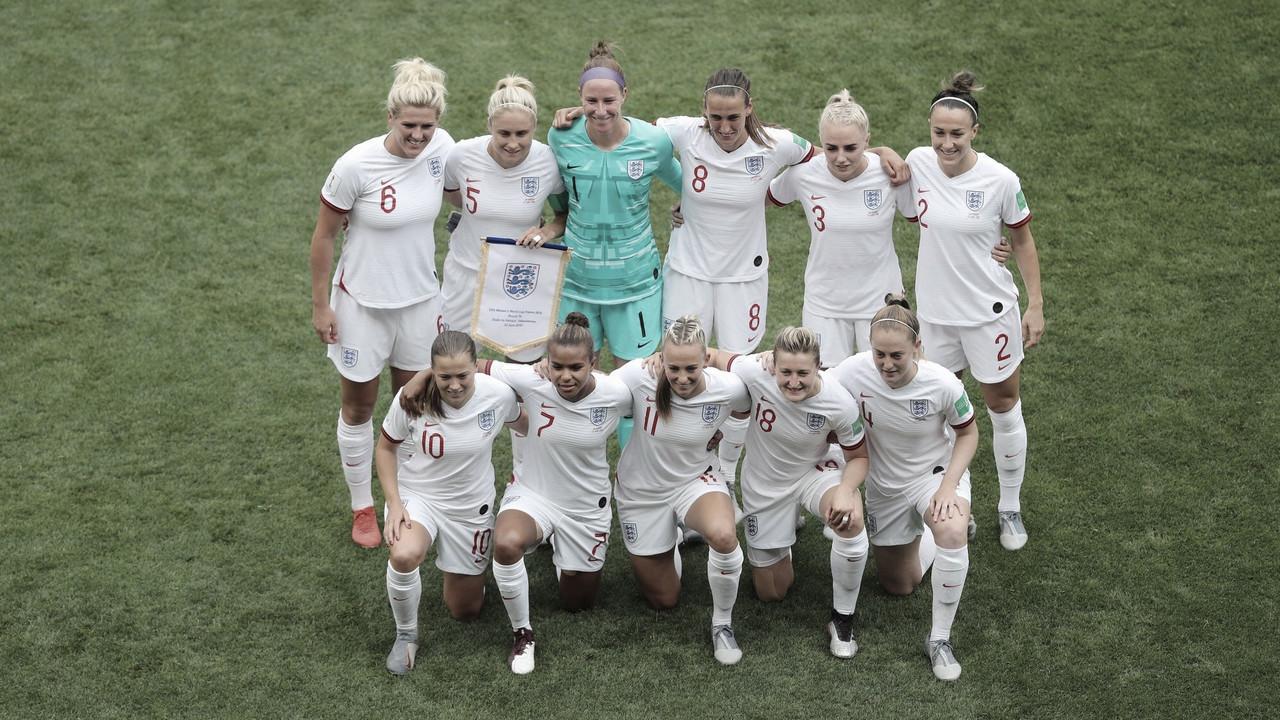 Inglaterra derrota Camarões e enfrentará Noruega nas quartas da Copa do Mundo