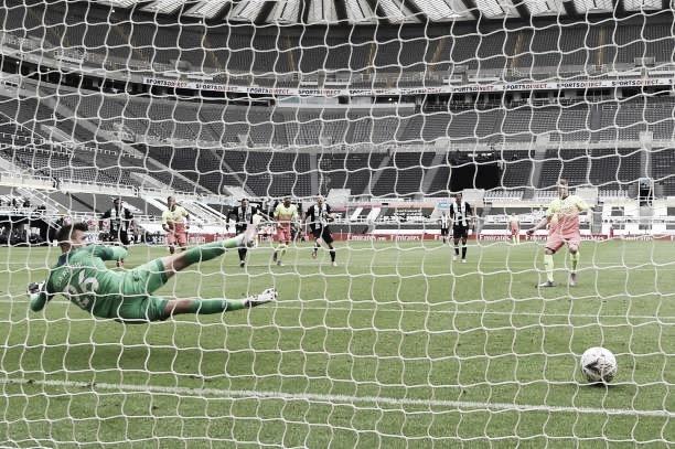 De Bruyne marca em seu aniversário, Manchester City vence Newcastle e vai às semis da FA Cup