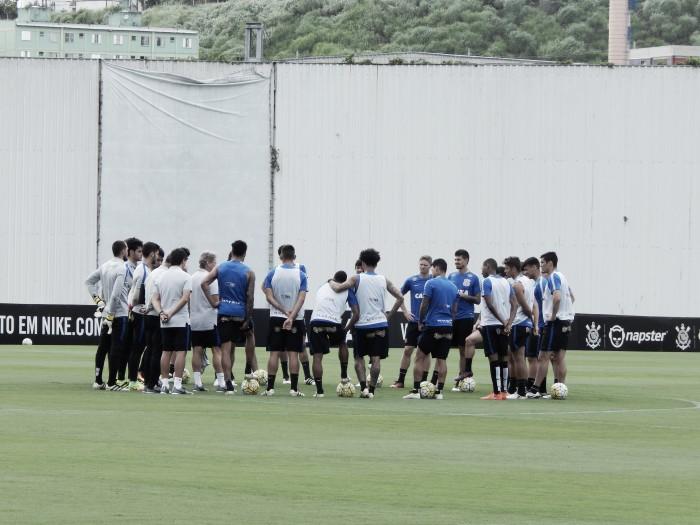 Corinthians divulga nota confirmando atraso no salário de alguns jogadores