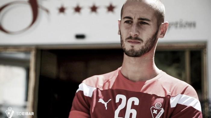 Galvez swaps Bremen for Eibar