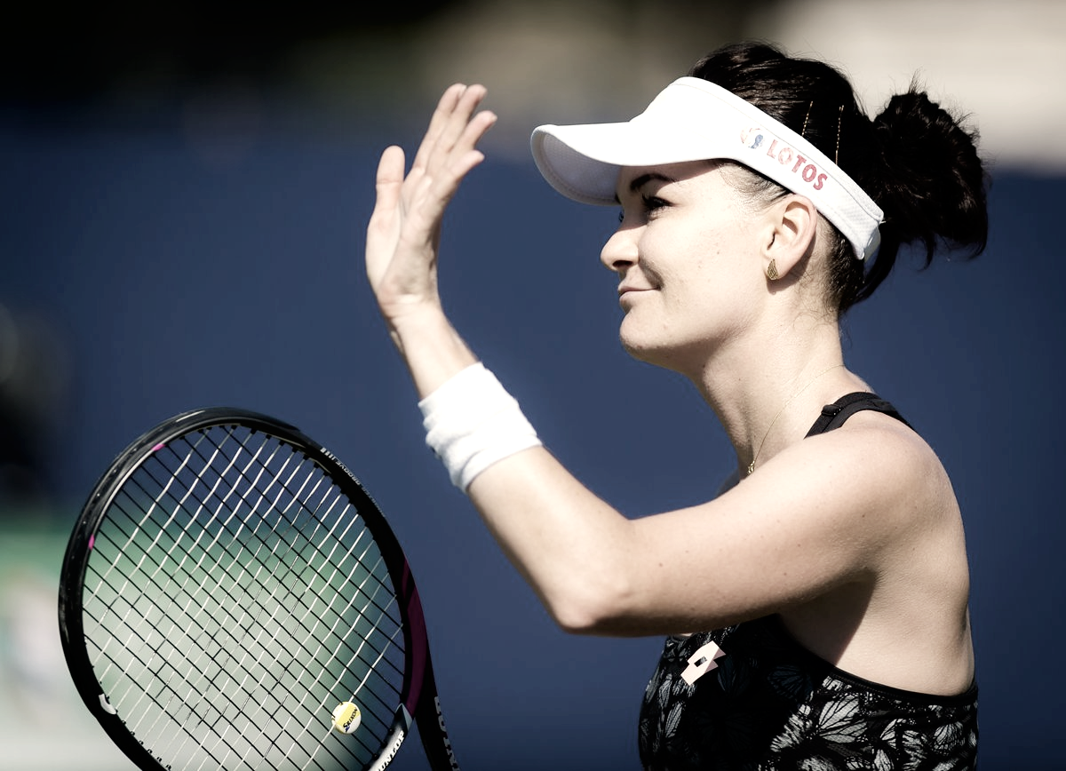 Kvitova desiste e Radwanska avança às quartas de final em Eastbourne
