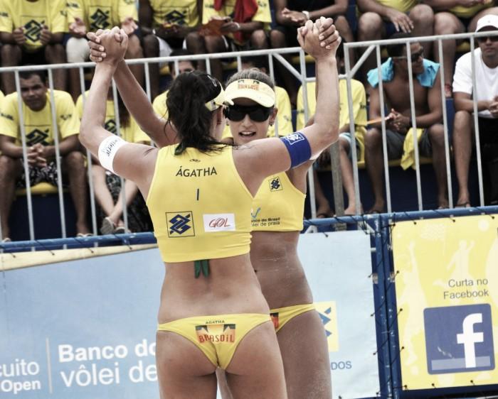 Em partida complicada, Ágatha e Bárbara derrotam Hermannová e Sluková no vôlei de praia feminino