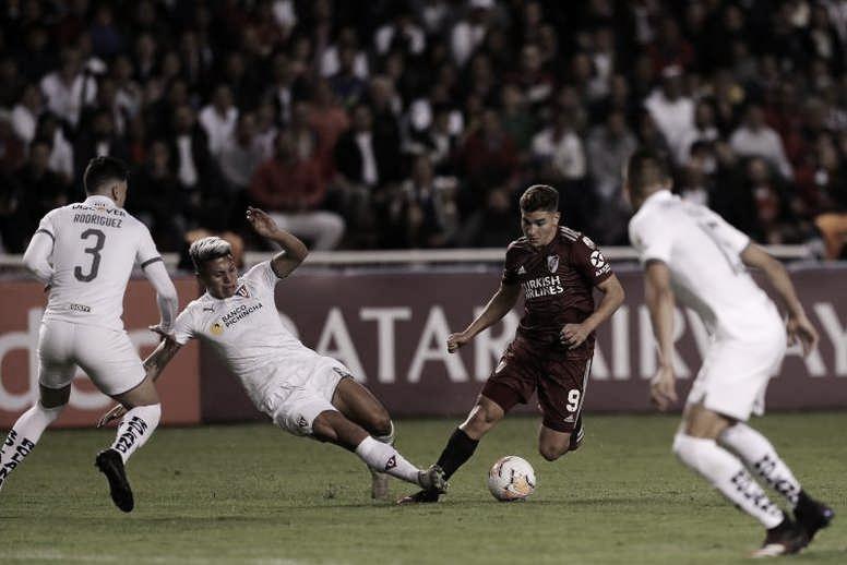 Julián Álvarez viene de marcar goles, en los tres partidos que River jugó desde el regreso del fútbol. Foto: Be Soccer.