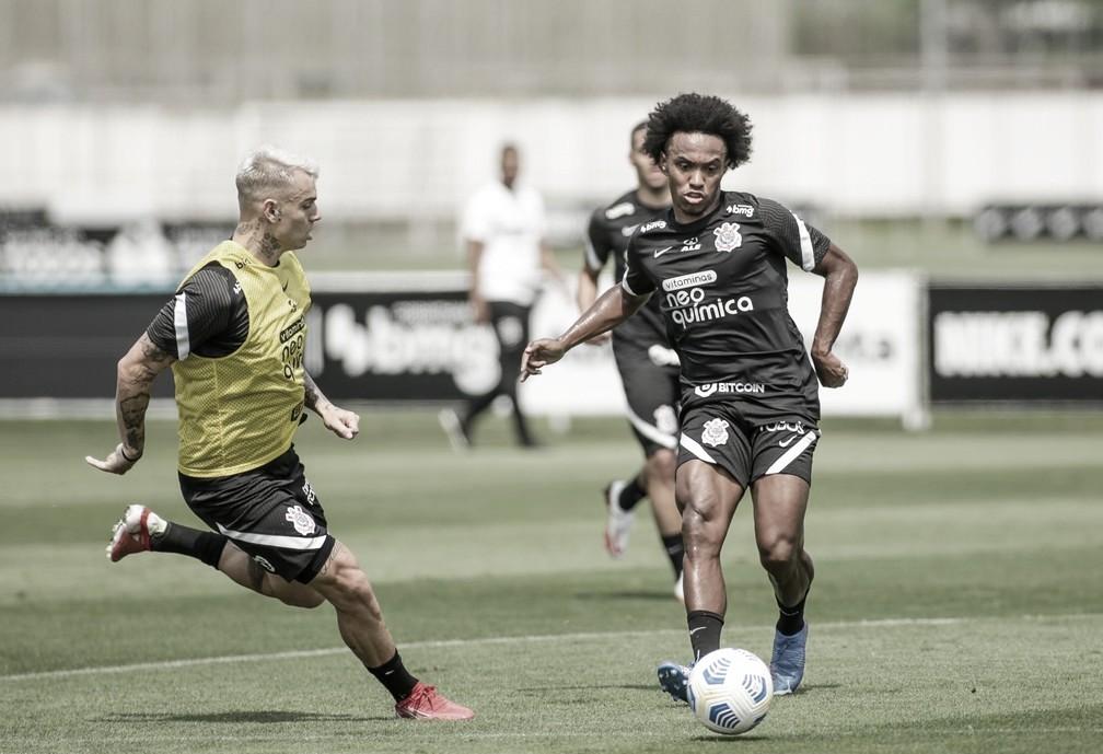 Com Willian entre os relacionados, Corinthians encara América-MG pelo Brasileiro
