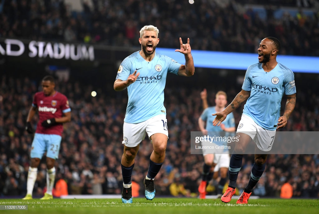 Manchester City 1-0 West Ham United: Second-half Aguero penalty hands City three crucial points