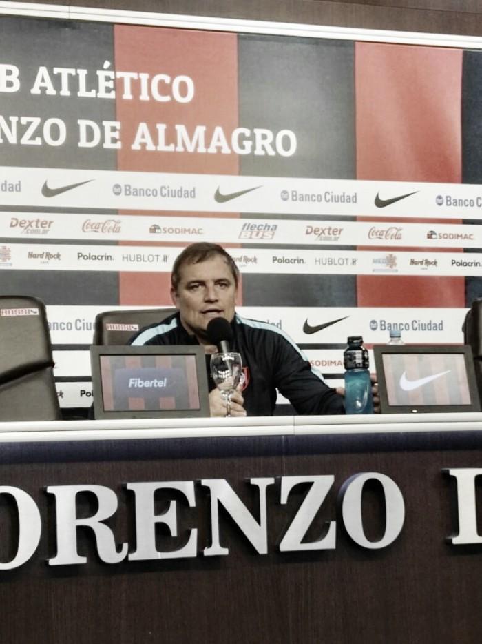 "Diego Aguirre: ""Le queremos ganar a Boca"""