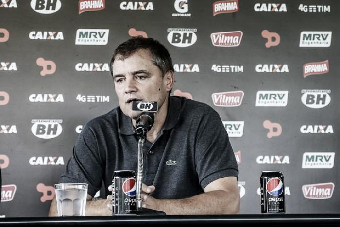 Após eliminação na Libertadores, Diego Aguirre anuncia saída do Atlético-MG
