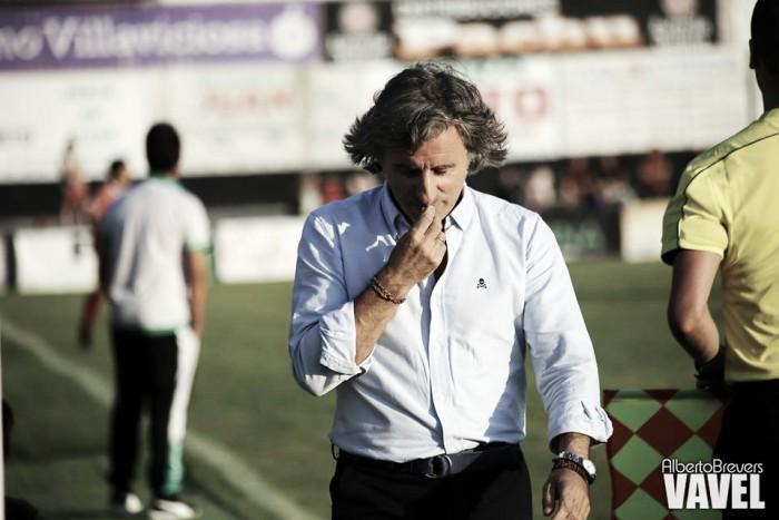 """Roberto Aguirre: """"Nos ha faltado el gol, estuvimos cerca de ganar"""""""