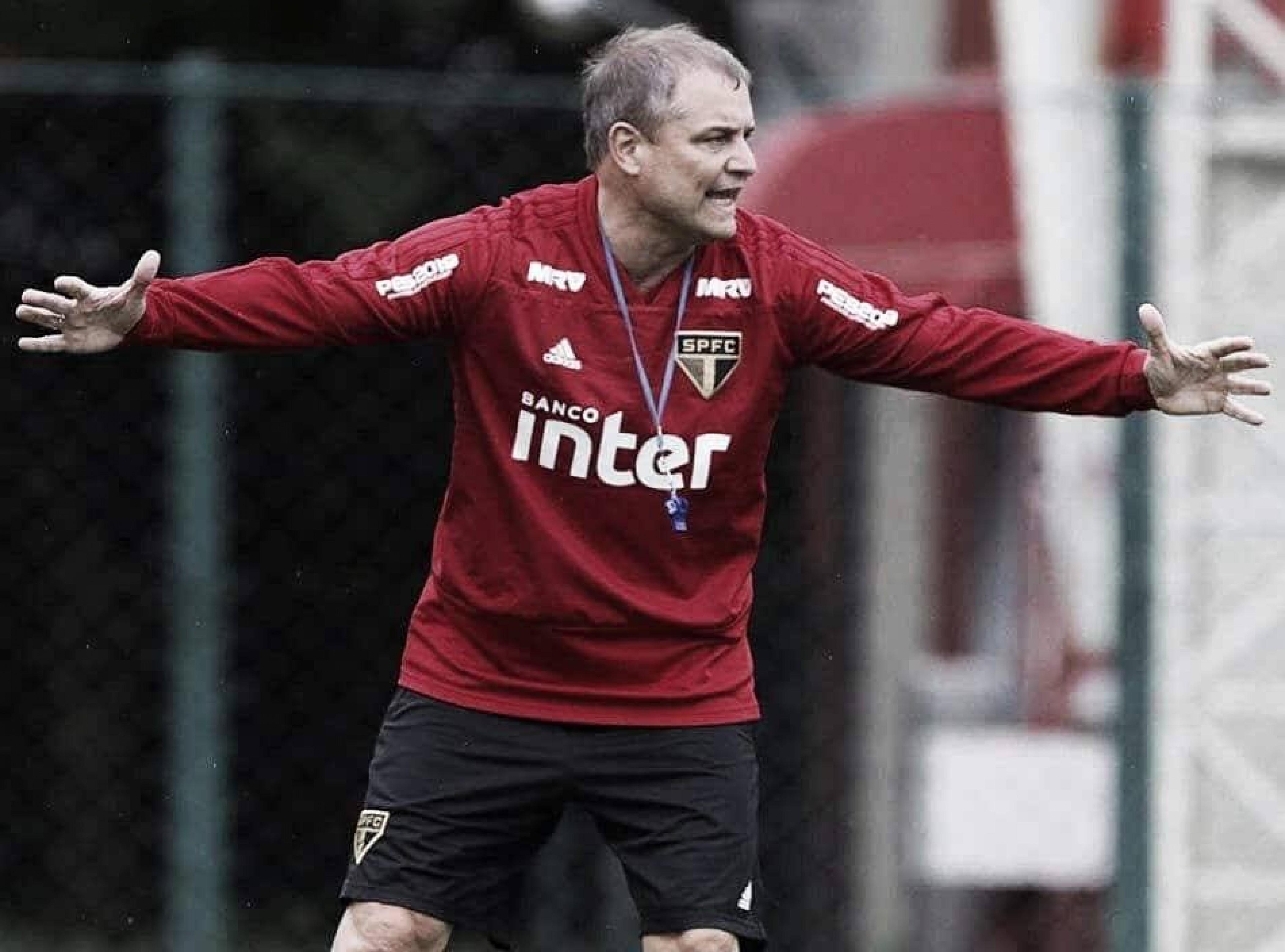 Aguirre admite momento de preocupação após novo tropeço do São Paulo