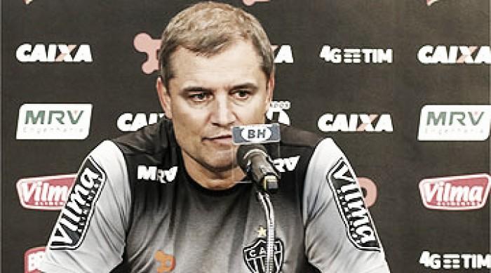 Robinho não tem lesão constatada e anima Diego Aguirre para partida da Libertadores