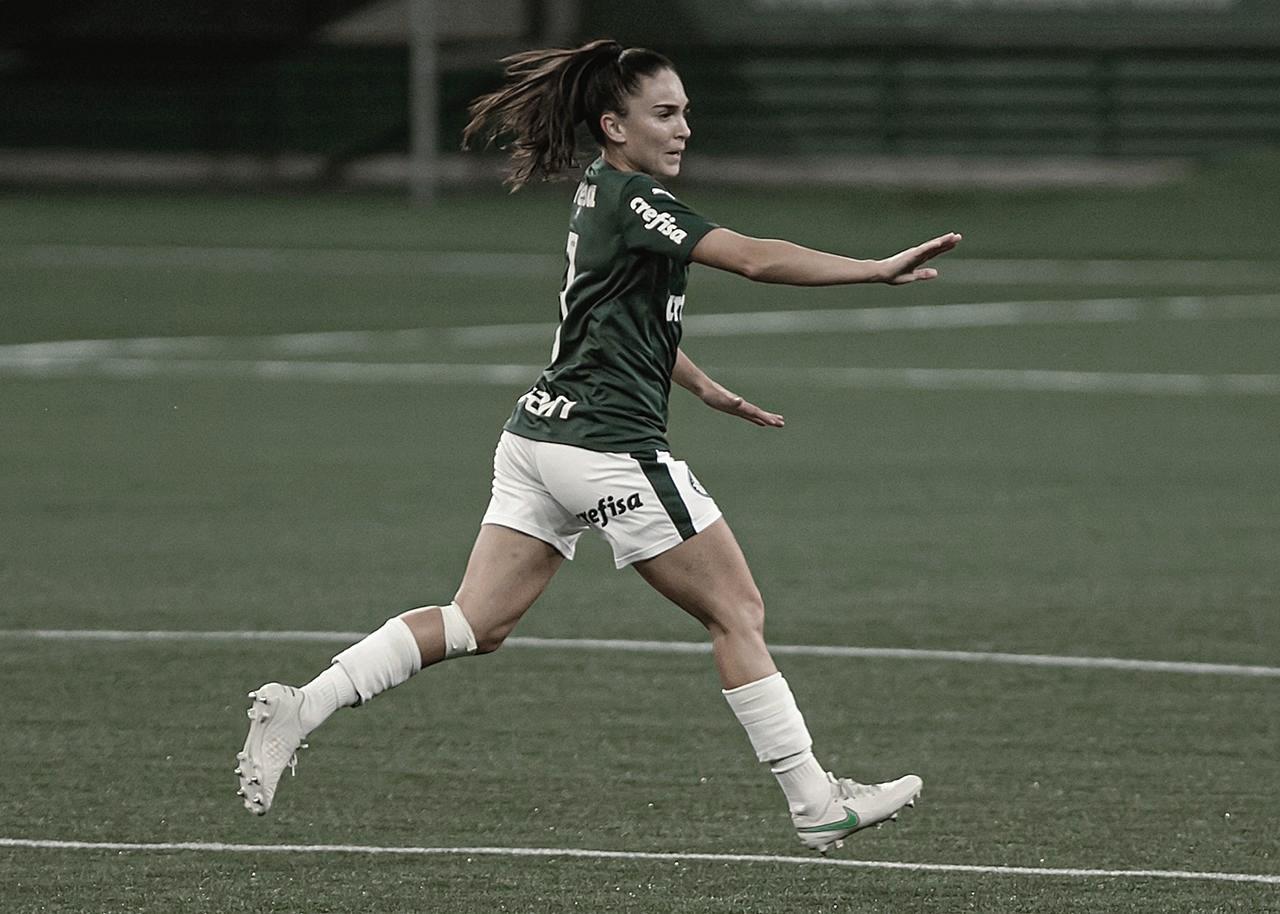 Zagueira Agustina comemora goleada e liderança do Palmeiras no Brasileiro