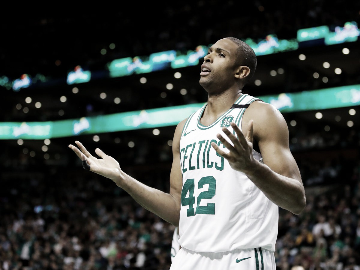 NBA playoffs, Boston Celtics appesi a un filo