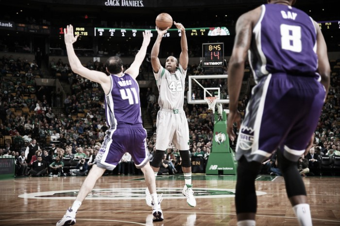 Nba, Horford trascina Boston contro i Kings. Atlanta spazzata via dai Pistons, bene i Magic