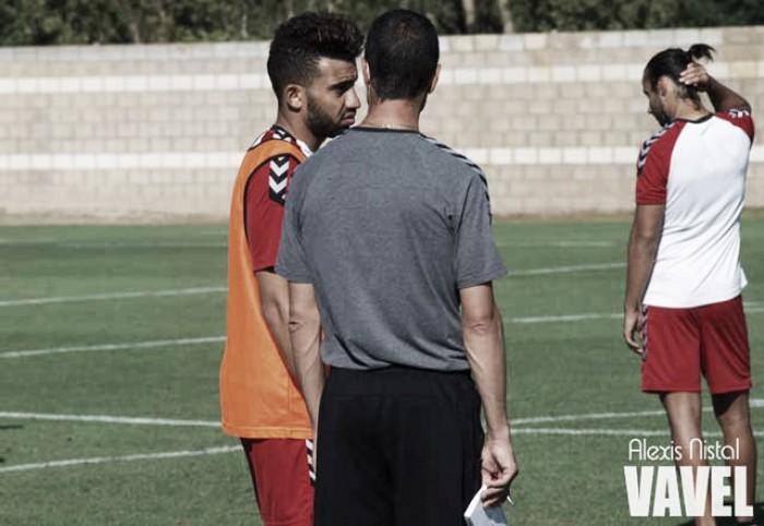 Catar se lleva a Ahmed Yasser y podría perderse las tres primeras jornadas