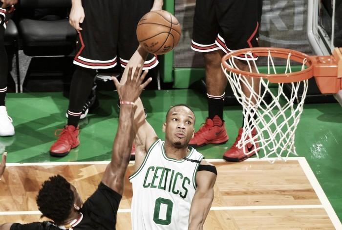 Celtics vencem Bulls no jogo cinco e se aproximam da classificação à próxima fase dos playoffs