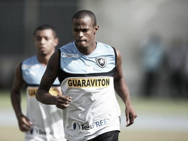 Botafogo consegue a renovação de empréstimo do volante Aírton