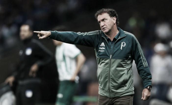 """Cuca lamenta eliminação do Palmeiras mas mostra otimismo: """"Tudo que Deus faz é bom"""""""