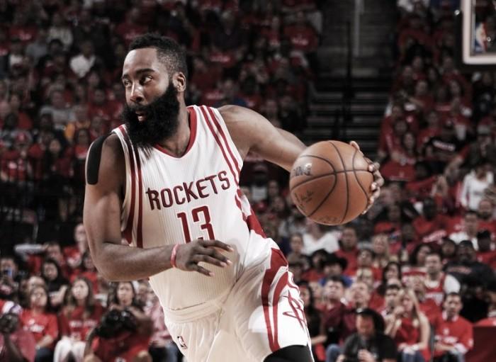 Houston Rockets vence novamente em casa e abre 2 a 0 em duelo contra Thunder