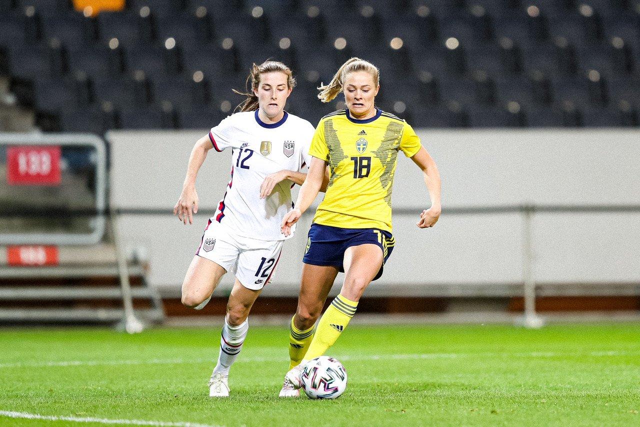 Fridolina Rolfö joins FC Barcelona from Wolfsburg