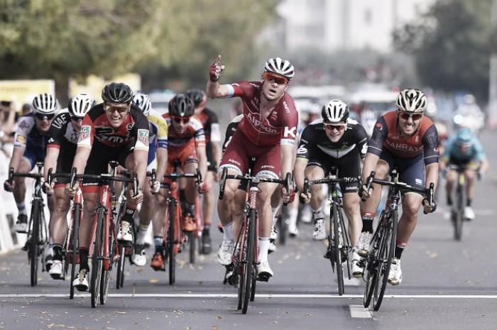 Tour of Oman, bis di Kristoff nella quarta tappa. Hermans in rosso