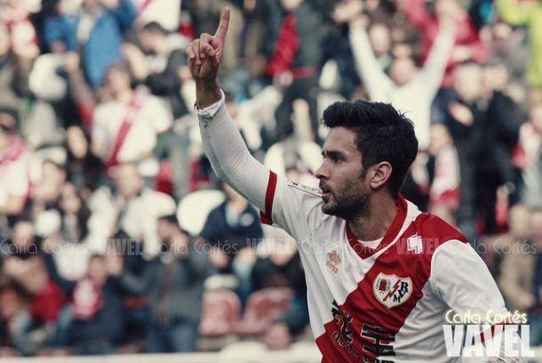 Oficial: Alberto Bueno reforça o ataque portista para 2015/2016