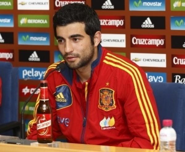"""Albiol: """"Le daría el Balón de Oro a Casillas o Iniesta"""""""