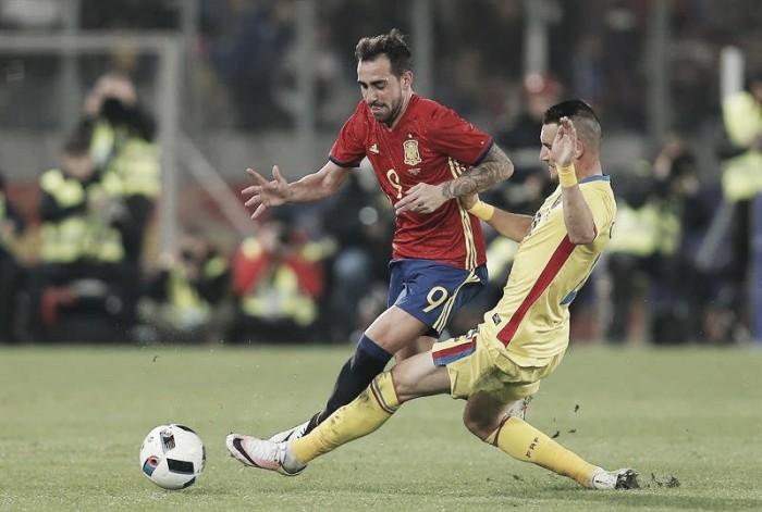 Paco Alcácer prolonga su sequía goleadora frente a Rumanía