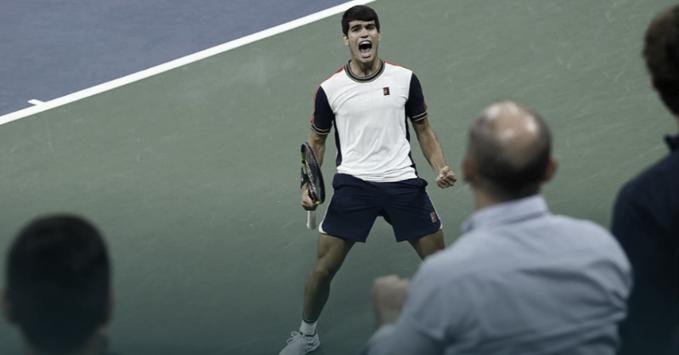 Carlos Alcaraz hace historia y se convierte en el tenista más precoz en cuartos del US Open
