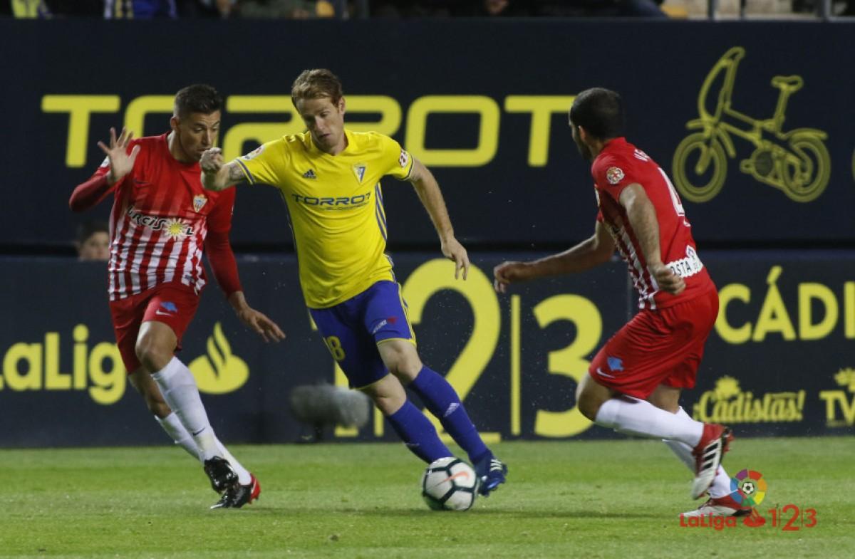 """Lucas Alcaraz:""""Hemos sido un equipo solidario y con sacrificio en el campo"""""""
