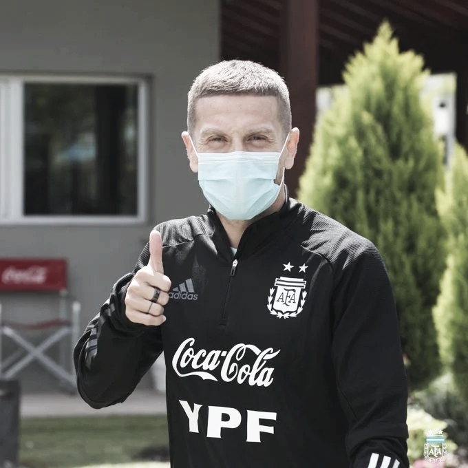 """Gómez: """"La Selección Argentina te impone ganar todos los partidos"""""""