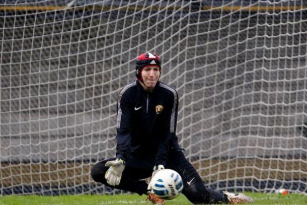 Alejandro Palacios jugará con un casco de rugby