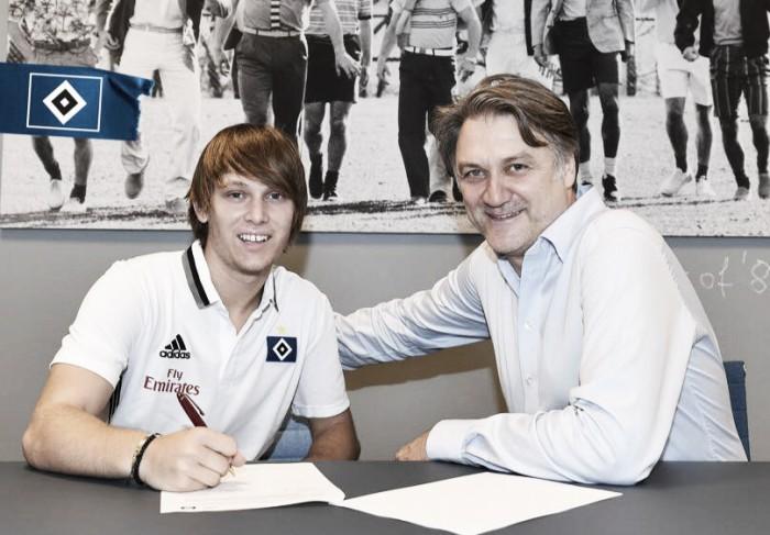 Formado no Barcelona B, meia Halilovic é confirmado como novo reforço do Hamburgo