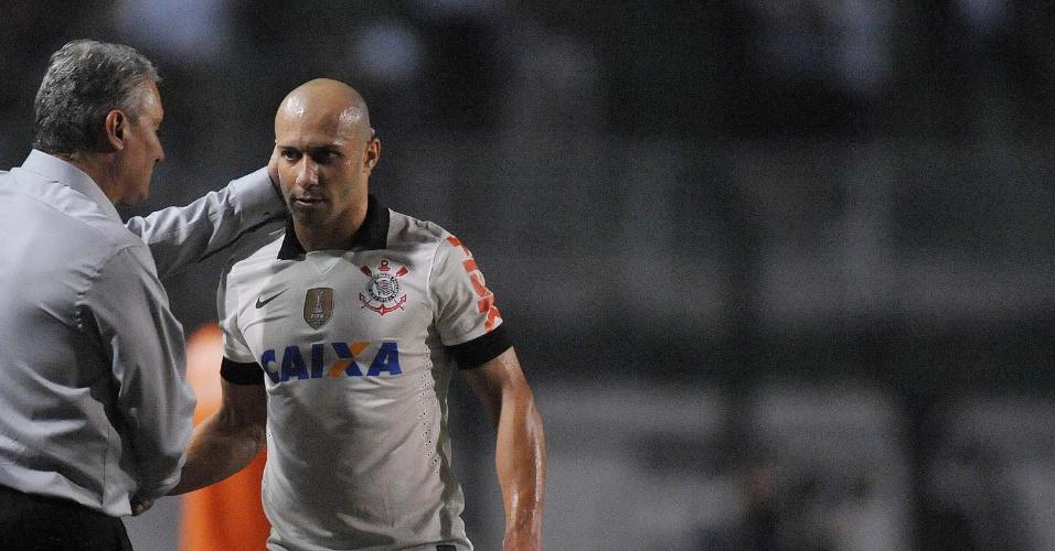 Alessandro não enfrenta o São Paulo pela Recopa