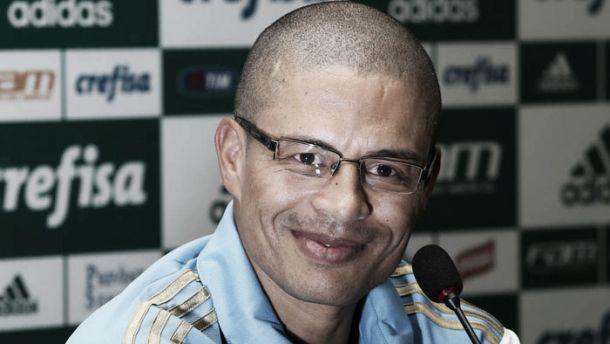 Meia Alex fará despedida oficial do Palmeiras em jogo festivo