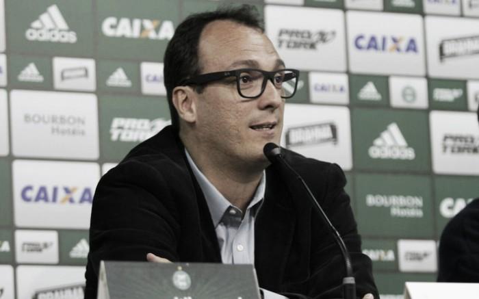 """Diretoria do Coritiba comenta confusão de Juan e Pachequinho: """"Vamos tratar internamente"""""""