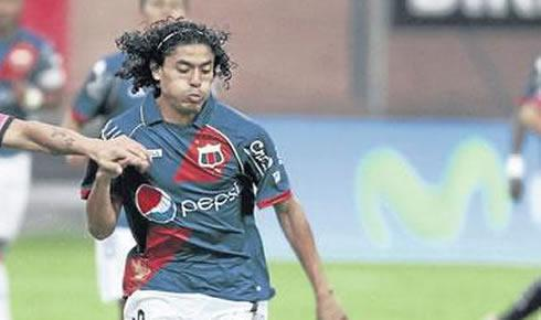 Alex Colón seguido por Atlante y Tigres