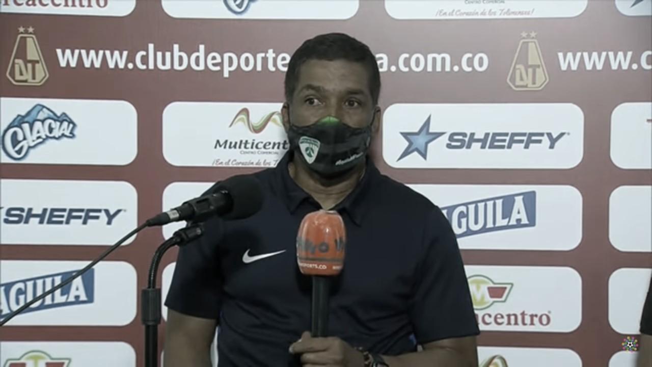 """Alexis García: """"El equipo estuvo a la altura enfrentando al mejor equipo del torneo"""""""