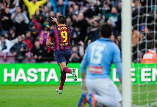Ainda sem Messi, Alexis Sanchez brilha e Barcelona goleia o Elche