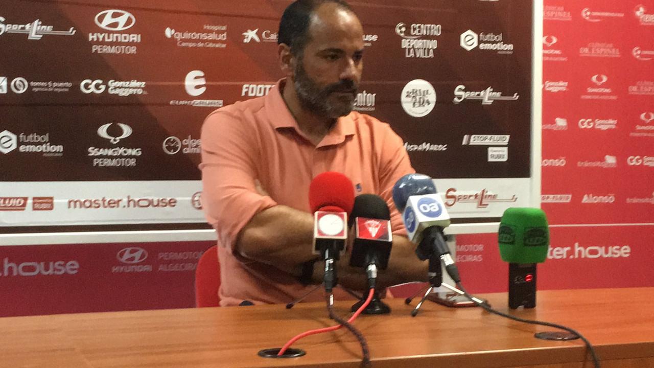 Salva Ballesta comparece ante los medios | Fuente: Twitter Algeciras CF