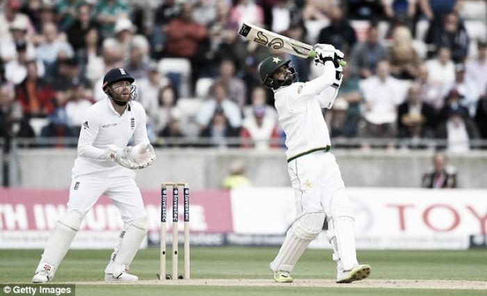 England vs Pakistan Day Two: Tourists tighten their grip on the Third Test