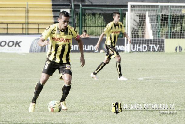 Alianza Petrolera - Bucaramanga: pitazo inicial en la Copa Águila