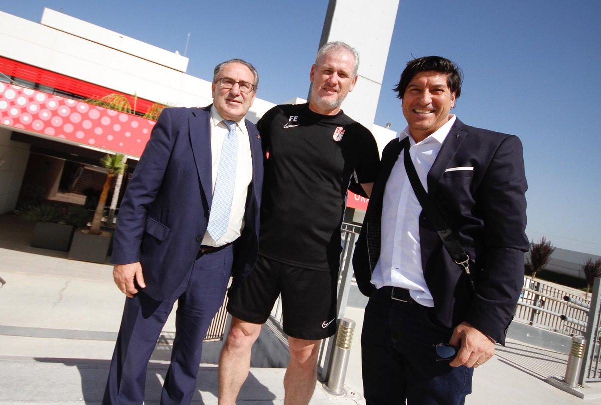 Iván Zamorano visita la Ciudad Deportiva del Granada CF
