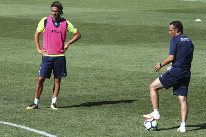 Krhin sigue sin entrenar y ultima su salida del Granada CF